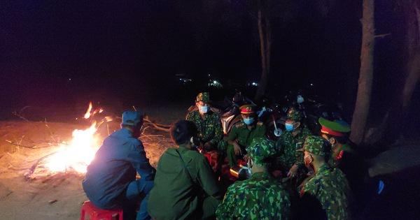 Người lính quân hàm xanh căng mình nơi biên giới Tây Nam cho dân yên giữa đại dịch
