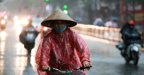 Bắc Bộ đón đợt mưa lớn, Hà Nội có thể đón mưa dông chiều tối 3-5