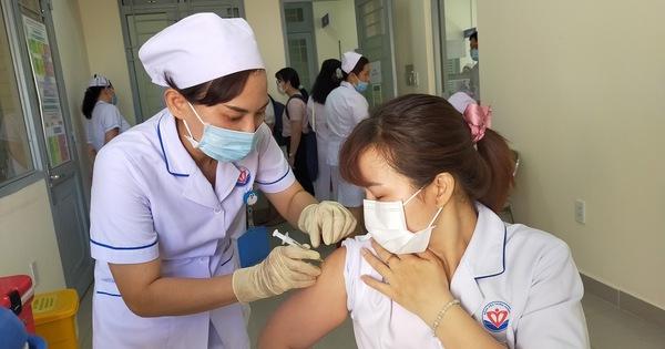 Chiều 18-4: Việt Nam thêm 3 ca nhập cảnh mắc COVID-19