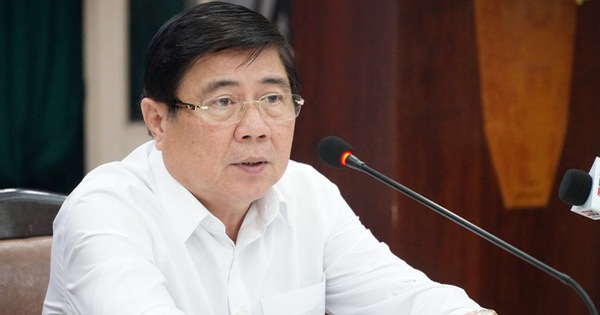 Chủ tịch UBND TP.HCM Nguyễn Thành Phong: Quận 1 phải đi đầu chuyển đổi số