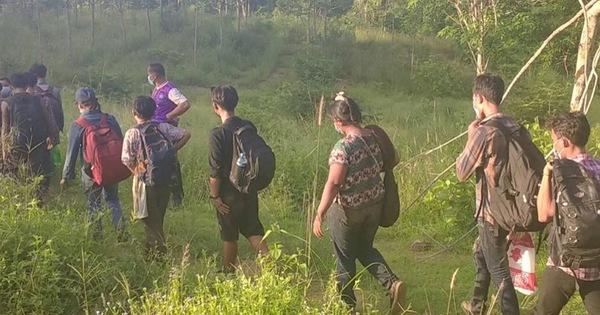 Thái Lan tăng vọt kỷ lục gần 5.000 ca COVID-19 trong ngày