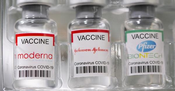 Mỹ lo bỏ bản quyền vắc xin COVID-19 có lợi cho Nga, Trung Quốc