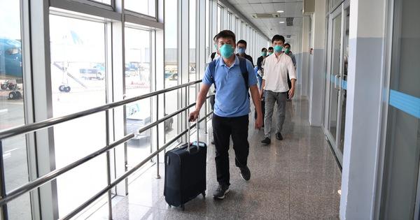 Đội phản ứng nhanh Bệnh viện Chợ Rẫy từ tâm dịch Bắc Giang về TP.HCM