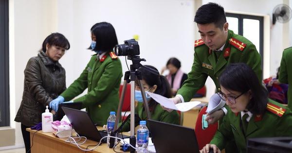Bộ Công an đề nghị các cơ quan không yêu cầu người dân cung cấp giấy xác nhận số CMND