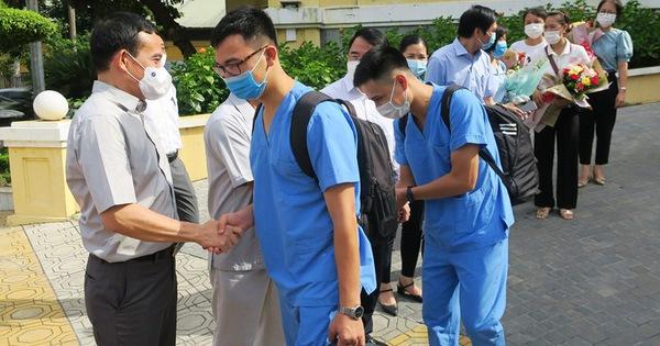 Hải Phòng, Quảng Ninh cử 'lực lượng mạnh' đến Bắc Giang hỗ trợ dập dịch COVID-19