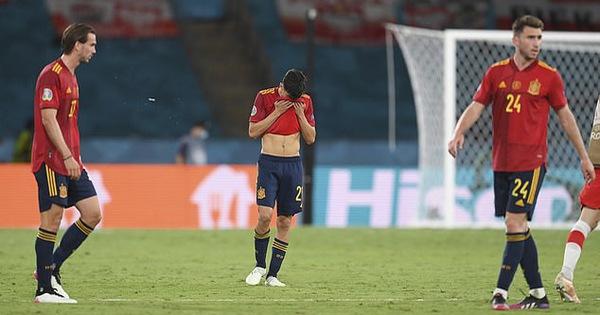 Cựu HLV tuyển Đức Klinsmann: 'Tây Ban Nha thiếu thể lực và thủ lĩnh'