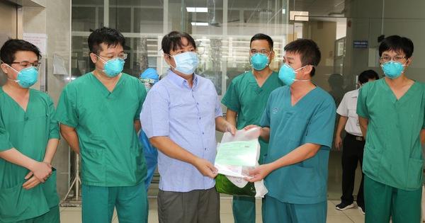 TP Thủ Đức: Thêm 730 bệnh nhân ở Bệnh viện Dã chiến số 8 được xuất viện