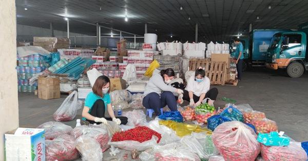 12 ngày, TP.HCM tổ chức 866 lượt xe lưu động bán 415 tấn thực phẩm, 120.700 quả trứng