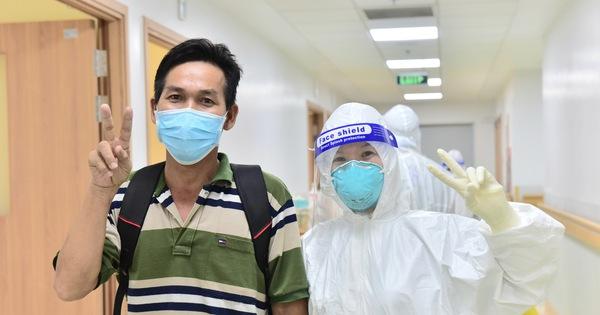 17 bệnh nhân COVID-19 nặng xuất viện