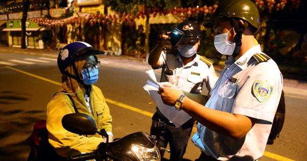 Siết chặt giãn cách tại TP.HCM: Ai được ra đường sau 18h?
