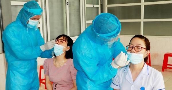 Hai nữ nhân viên bệnh viện mắc COVID-19, giãn cách một huyện ở Nghệ An