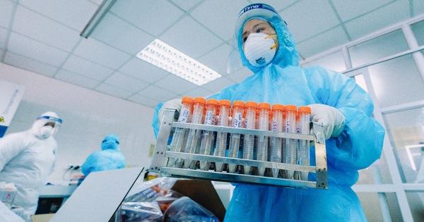 Bệnh viện Phổi Hà Nội phát hiện cùng lúc 10 ca COVID-19