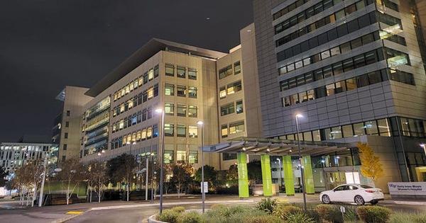Vắc xin cứu hàng trăm ca nhiễm COVID-19 ở hai bệnh viện California