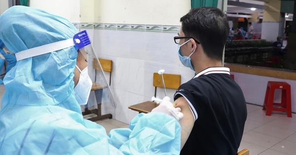 HỎI - ĐÁP về dịch COVID-19: Tiêm vắc xin ngừa COVID-19, hiệu quả bảo vệ đến đâu?