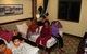 Dân Hội An vào trú bão trong… villa, resort: Cứ ở thoải mái, bão tan biển yên hẵng về