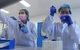 1 tỉ USD mua vắc xin COVID-19: Ai sẽ trả tiền, ai được tiêm trước?